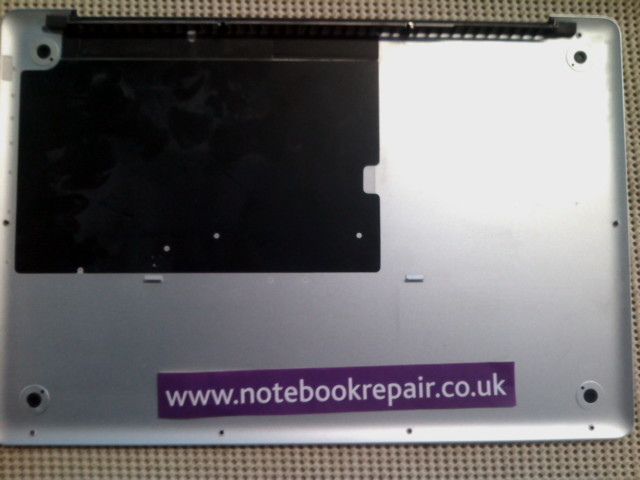 Apple Macbook Pro A1286 Mid 2009 Bottom Base Case Cover