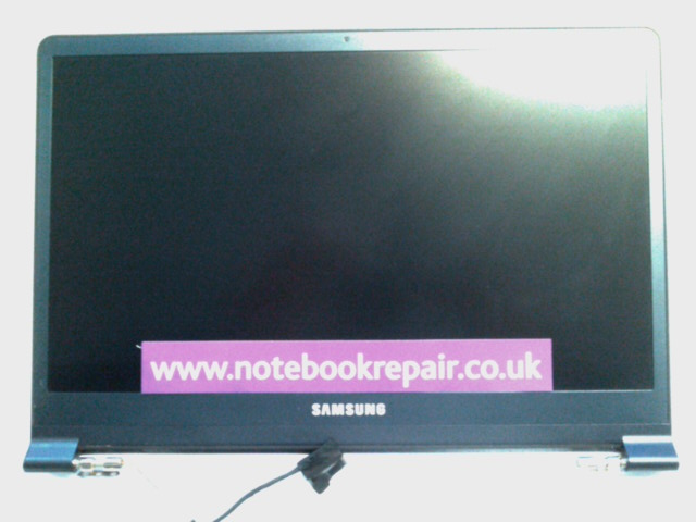 SAMSUNG NP900X3B LCD SCREEN WITH BEZEL AND BACK COVER