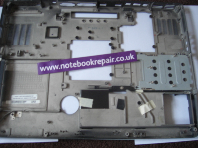 XPS-M1710 BOTTOM COVER PH597