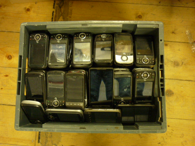 Mix of 123 Untested Mobile Phones Used