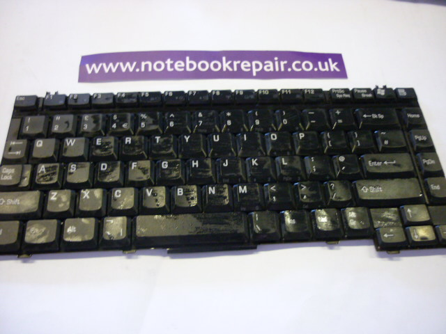 TECRA A2 KEYBOARD UK P000402620