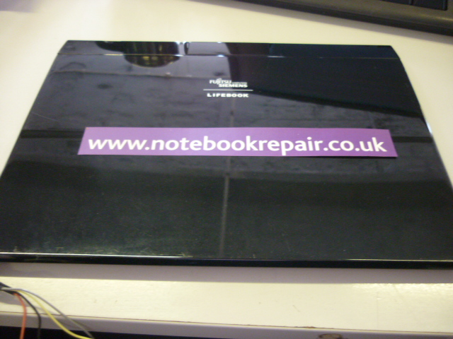 LIFEBOOK P8010 LCD BACK COVER KY04158