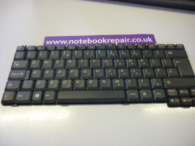 LENOVO 0689 KEYBOARD UK 42T3342
