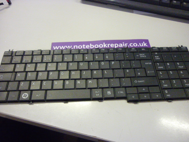 SATELLITE C650 KEYBOARD V000210290