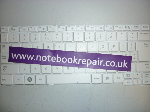 NF110 WHITE KEYBOARD BA59-02863A