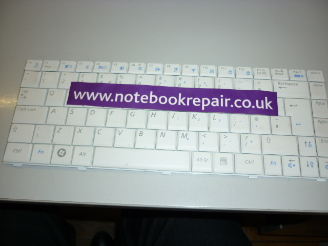 q320 uk keyboard