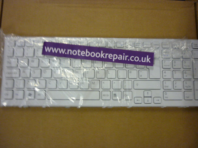 149032911 White Uk Keyboard