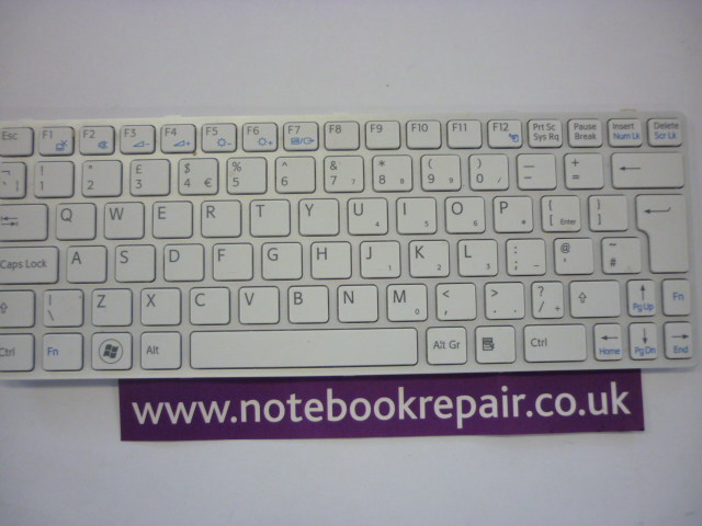 149036911GB Sony Silver Frame UK Keyboard