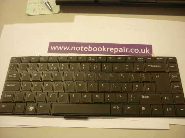 Dell Studio XPS 13 1340 16 1640 1645 1647 UK Keyboard