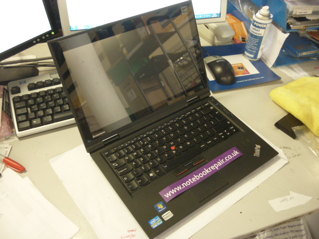 "Lenovo X1, 13.3"", i5 2520M 2.5GHz, 4GB, 320GB,Win 10"