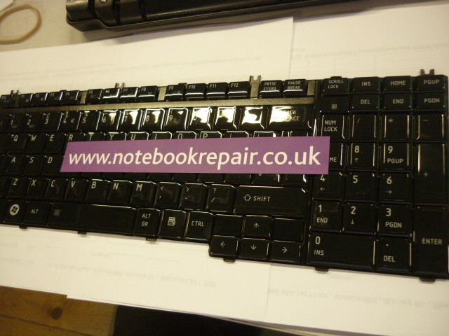 EQUIUM P300-190 UK Keyboard